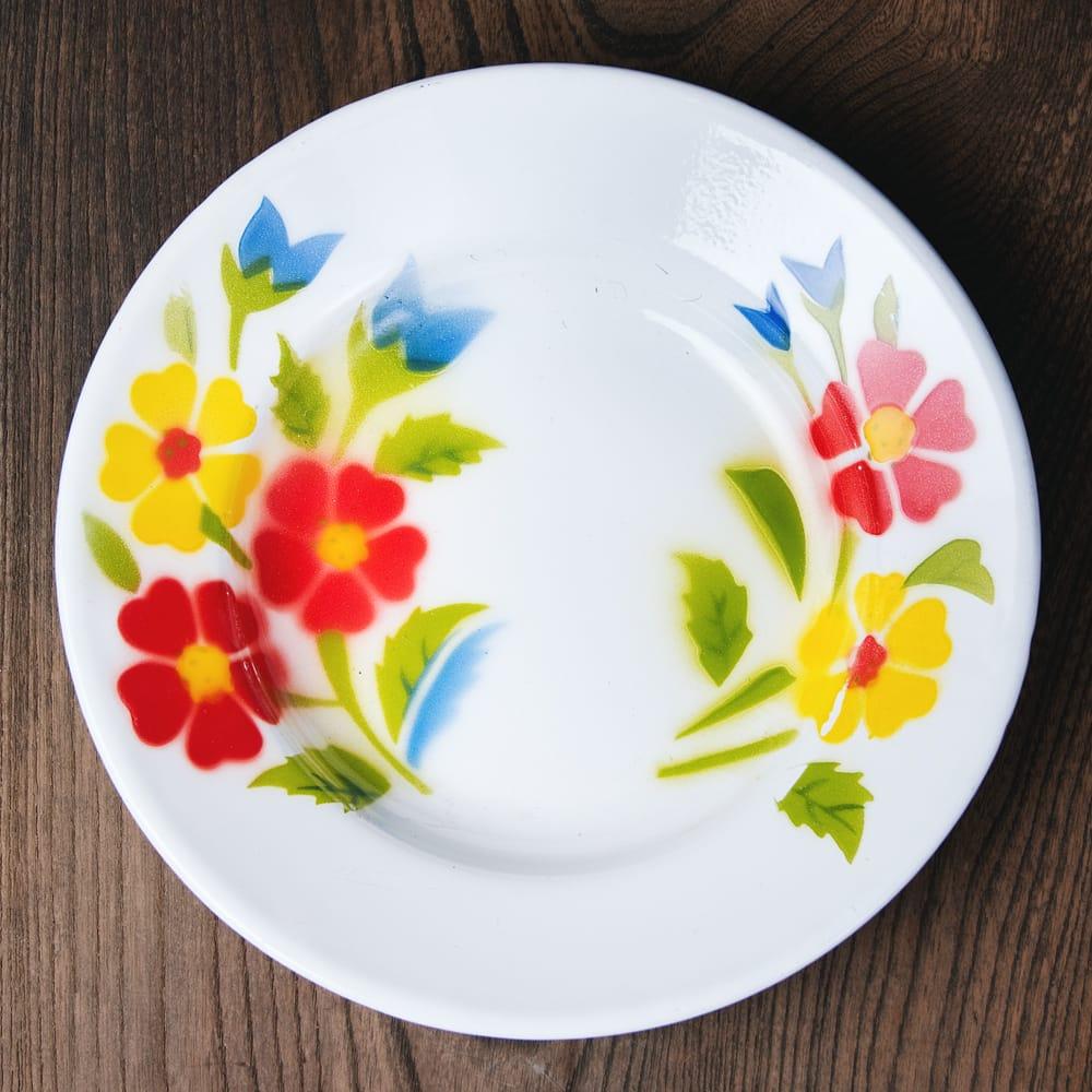 タイのレトロホーロー 花柄飾り皿 RABBIT BRAND〔約20.5cm×約3cm〕の写真