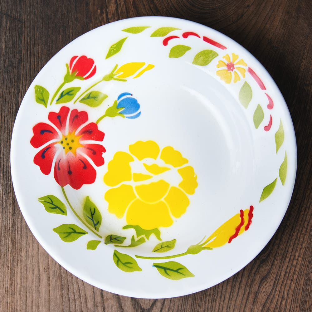 タイのレトロホーロー 花柄飾り皿 RABBIT BRAND〔約23cm×約3.2cm〕の写真