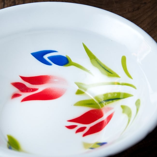 タイのレトロホーロー 花柄飾りボウル RABBIT BRAND〔約16.3cm×約4.5cm〕 2 - 拡大写真です