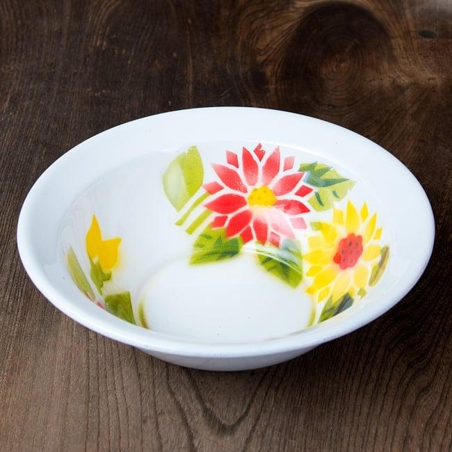 タイのレトロホーロー 花柄飾りボウル RABBIT BRAND〔約21.2cm×約6.4cm〕 3 - 花がらが素敵です