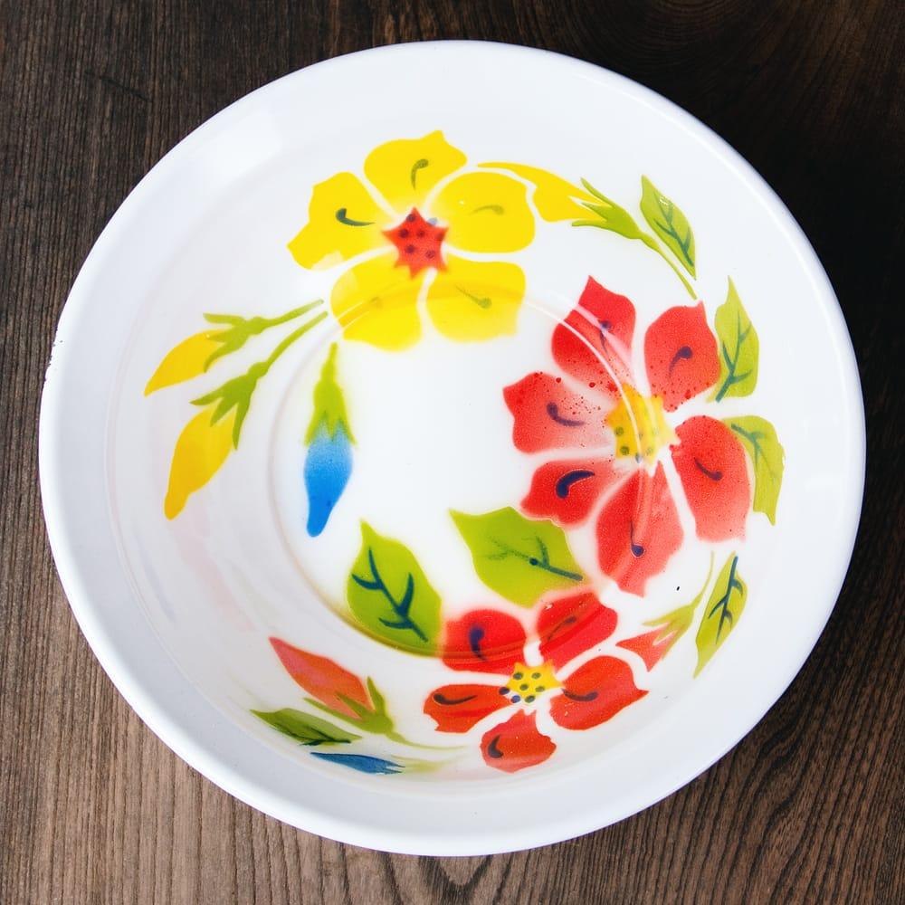 タイのレトロホーロー 花柄飾りボウル RABBIT BRAND〔約23.8cm×約6.7cm〕の写真
