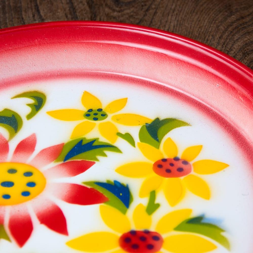 タイのレトロホーロー 花柄飾り皿・トレー RABBIT BRAND〔約25.7cm×約2.5cm〕 5 - 拡大写真です