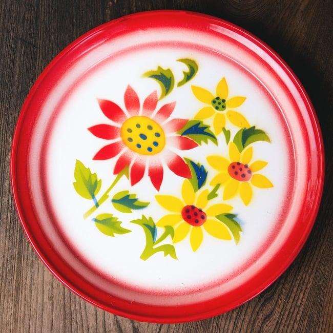 タイのレトロホーロー 花柄飾り皿・トレー RABBIT BRAND〔約25.7cm×約2.5cm〕の写真