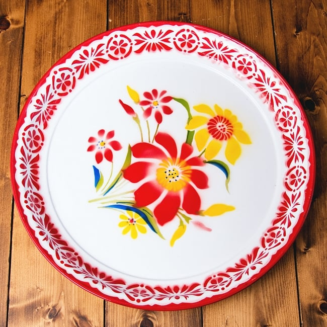 タイのレトロホーロー 花柄飾り皿・トレー RABBIT BRAND〔約45cm×約4.3cm〕の写真
