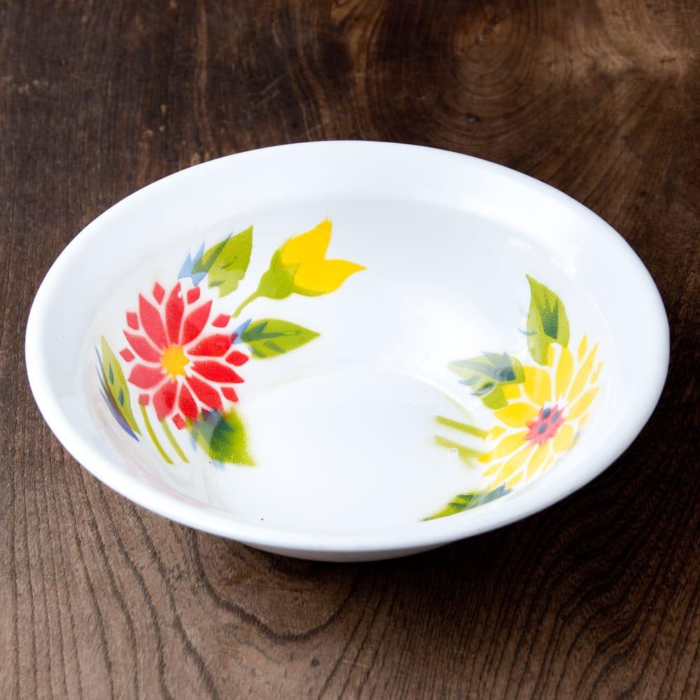 タイのレトロホーロー 花柄飾りボウル RABBIT BRAND〔約18.5cm×約5.2cm〕 3 - 花がらが素敵です