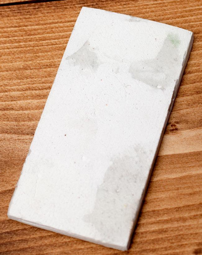 〔10cm×5cm〕ブルーポッタリー ジャイプール陶器の数字型デコレーションタイル - 0番の写真4 - 裏面の写真です