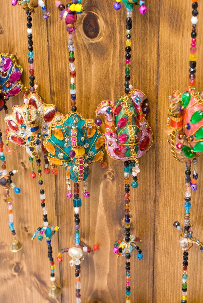 インドのハンギング - 4連孔雀の写真7 - たくさん吊るすと雑貨屋さんみたいな雰囲気で賑やかになります。