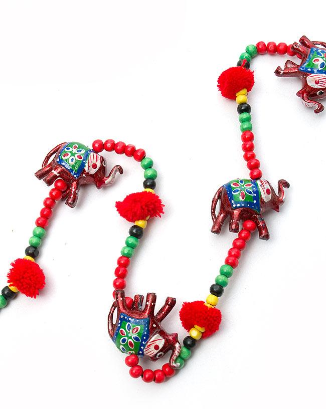 5連カラフルゾウさんのベル付きハンギング  -約95cm 赤の写真4 - 赤色象さんのお届けになります。