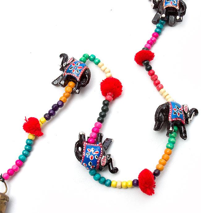5連カラフルゾウさんのベル付きハンギング象さんアソート  -約95cm カッパーベルの写真3 - 先っぽには可愛い鈴がついています