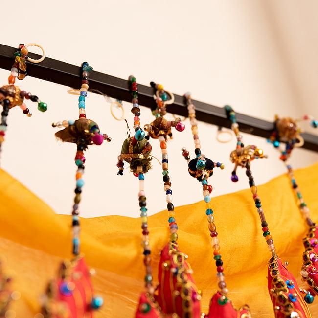 インドの五連リーフハンギングの写真7 - たくさん吊るすと雑貨屋さんのような雰囲気になります。