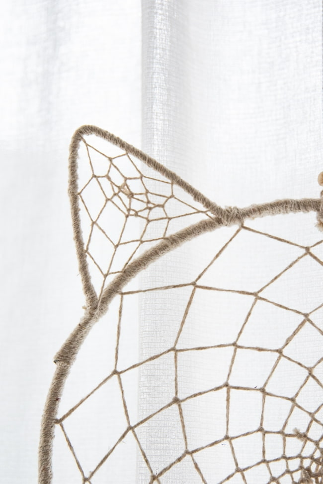 ホワイトドリームキャッチャー 猫 3 - 細部を見てみました。