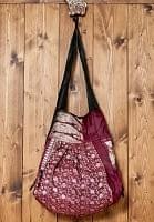 オールドシルクサリーのジッパー付き肩掛けバッグ - えんじ・赤系