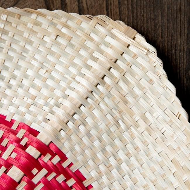 ベトナムの竹製 手作り リーフ型うちわ - 大 5 - 丁寧に手作りされています