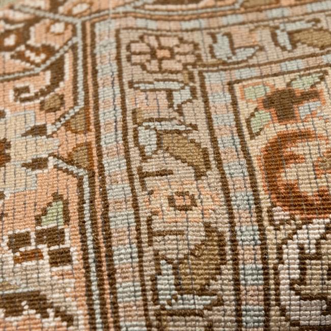 手織り&草木染めカシミール絨毯[シルク100% 1平方インチ484ノット] 6 - 裏面です。非常に細かく作られています