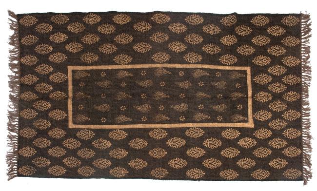 インドのラグ ジュート・ダリー - ゴールド 【約180cm×約120cm】の写真9 - 平置きにして撮影しました