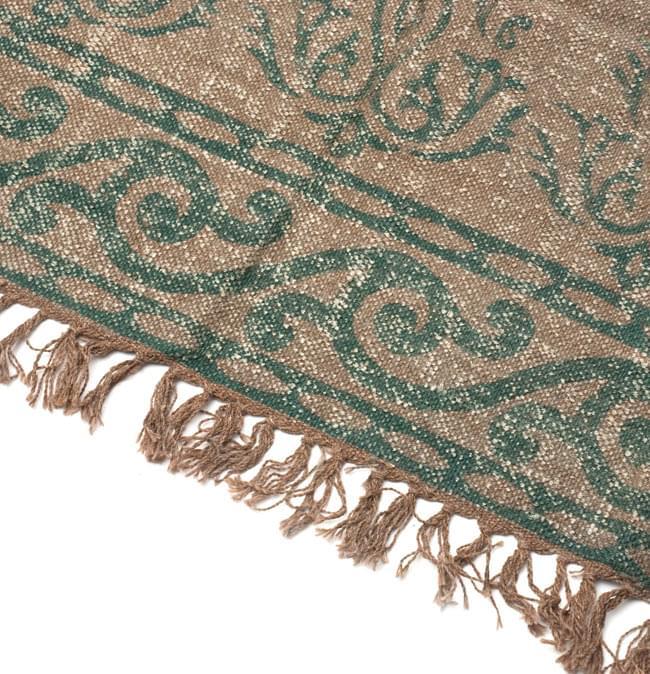 インドのラグ ジュート・ダリー 【約180cm×約120cm】の写真4 - 角の部分をアップにしてみました。縦糸にはウールが使用されています