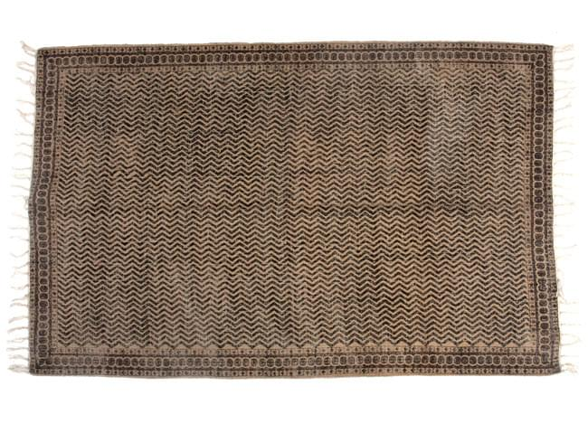 インドのラグ ジュート・ダリー 【約180cm×約120cm】の写真9 - 平置きにして撮影しました