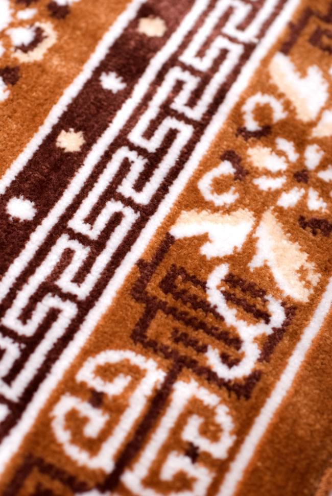 インドのエスニック絨毯 ミニ【約48cm×約50cm】 黄土の写真3 - エスニック紋様に近づいてみました。