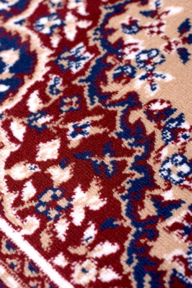 インドのエスニック絨毯 ロング【約110cm×約68cm】 ベージュの写真7 - 違う箇所を見てみました。