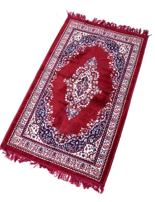 インドのエスニック絨毯 ロング【約110cm×約68cm】 赤の写真4 - 全体像です。