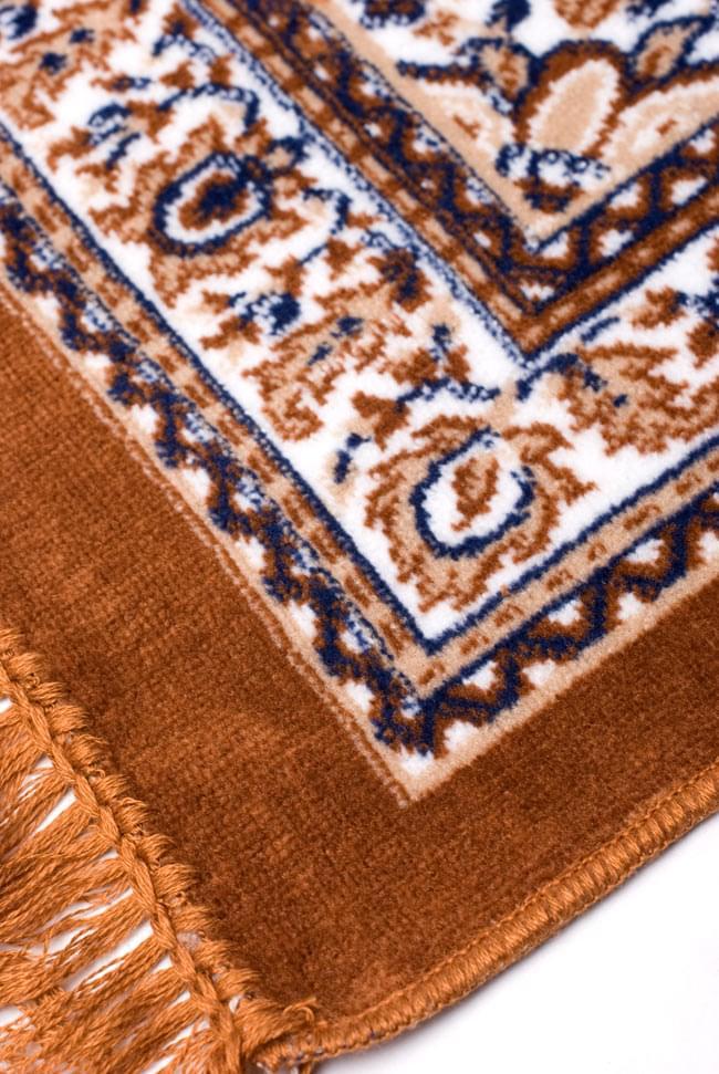 インドのエスニック絨毯 ロング【約110cm×約68cm】 黄土 5 - 縁の部分はこんな感じです。