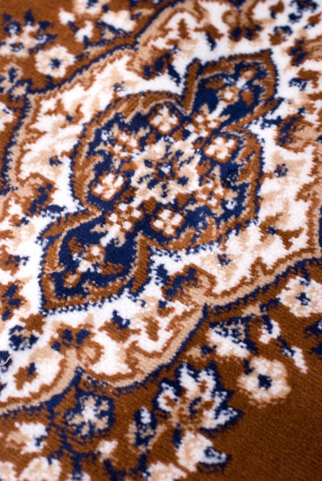 インドのエスニック絨毯 ロング【約110cm×約68cm】 黄土 6 - 模様の部分を見てみました。