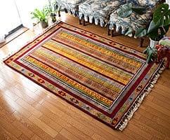 手織りのインド絨毯【約183cm x