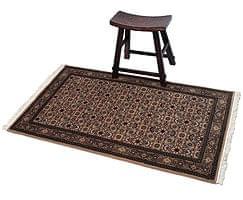 手織りのインド絨毯【約157cm x