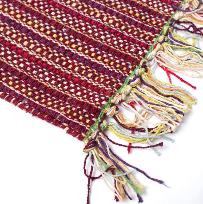 インドコットンの手織りラグマット【約65cm×約42cm】 - 茶色の写真6 - フリンジ部分をもっと大きく撮影しました