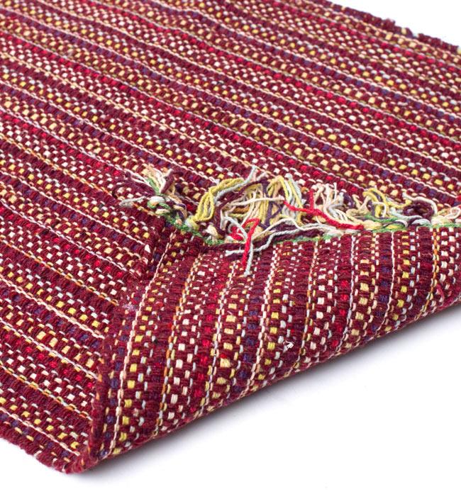 インドコットンの手織りラグマット【約65cm×約42cm】 - 茶色の写真8 - 織って作っているラグですので、裏面は同じデザインです