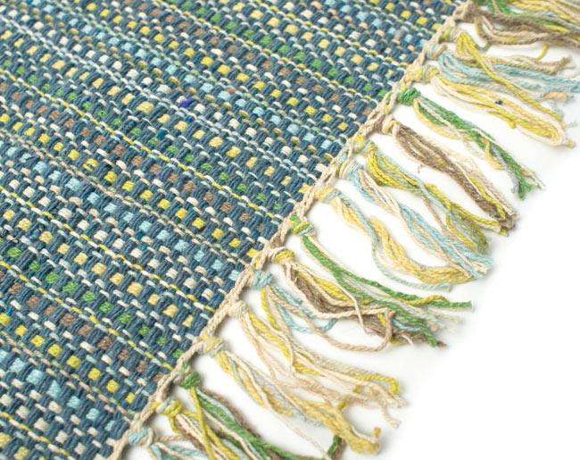 インドコットンの手織りラグマット【約65cm×約42cm】 - 灰色の写真3 - フリンジ部分をもっと大きく撮影しました