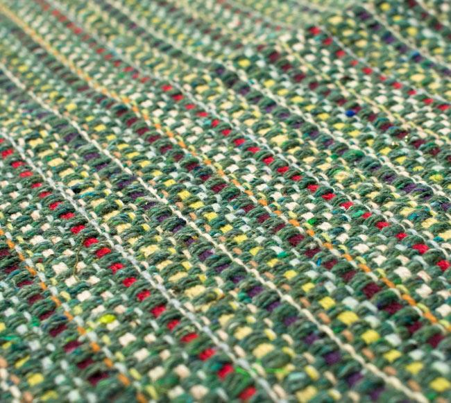 インドコットンの手織りラグマット【約65cm×約42cm】 - アンティークグリーンの写真3 - フリンジ部分をもっと大きく撮影しました