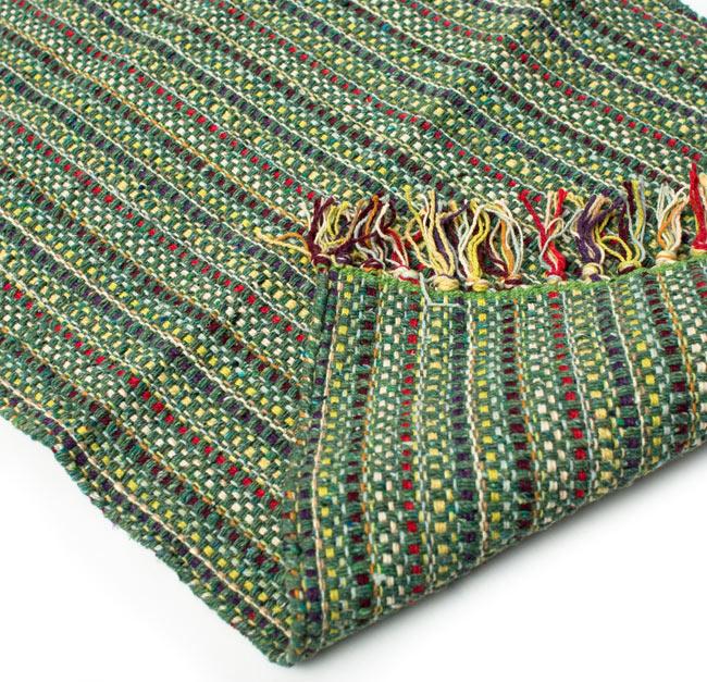 インドコットンの手織りラグマット【約65cm×約42cm】 - アンティークグリーンの写真7 - 織って作っているラグですので、裏面は同じ柄になります