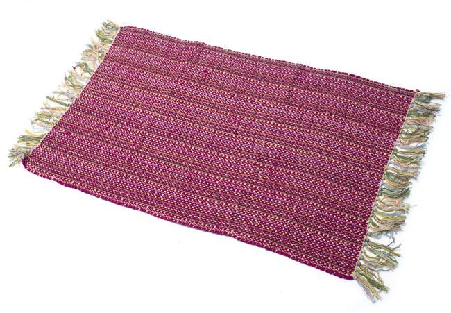インドコットンの手織りラグマット【約100cm×約60cm】 - 赤紫の写真