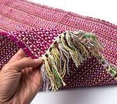 インドコットンの手織りラグマッ