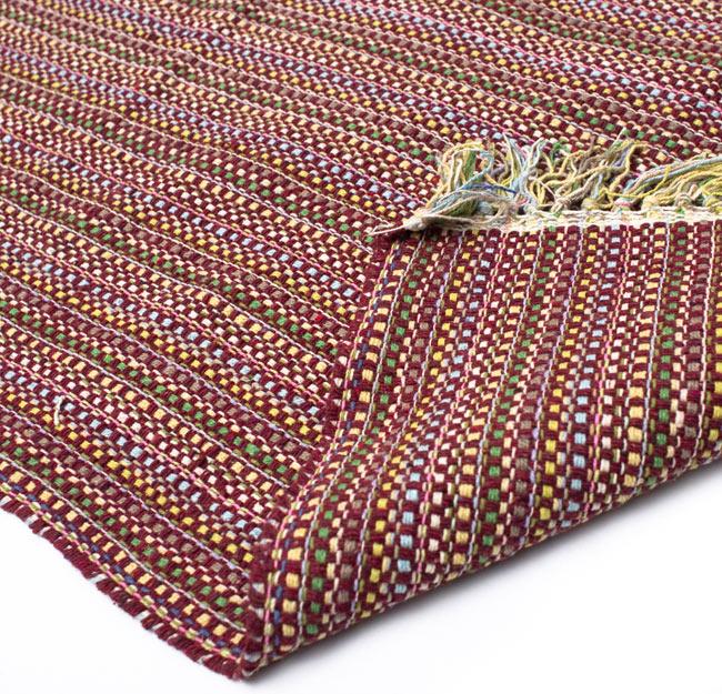 インドコットンの手織りラグマット【約100cm×約60cm】 - 茶色の写真8 - 織って作っているラグですので、裏面は同じデザインです