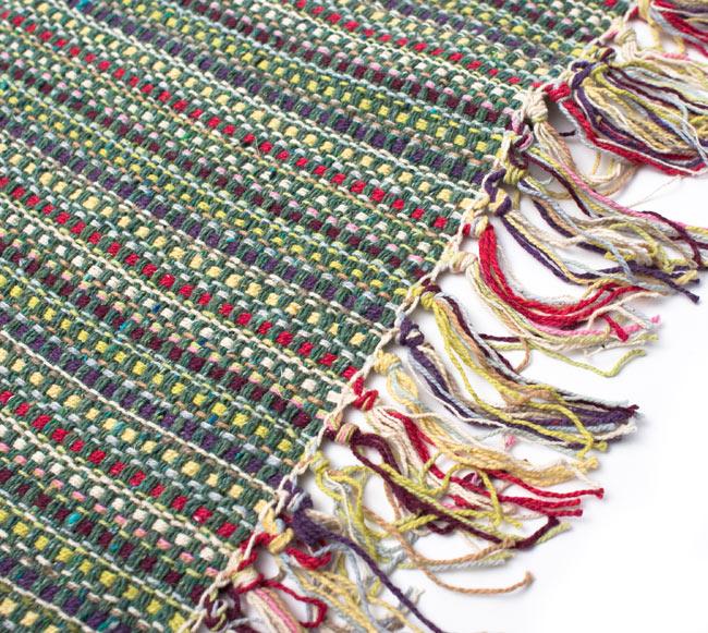インドコットンの手織りラグマット【約100cm×約60cm】 - 薄緑の写真3 - フリンジ部分をもっと大きく撮影しました