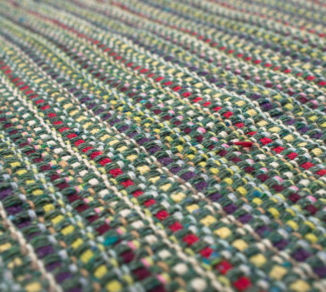 インドコットンの手織りラグマット【約100cm×約60cm】 - 薄緑の写真4 - ラグの表面を撮影しました