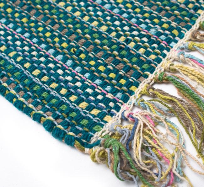 インドコットンの手織りラグマット【約100cm×約60cm】 - ターコイズグリーン の写真6 - 端っこの方の拡大です