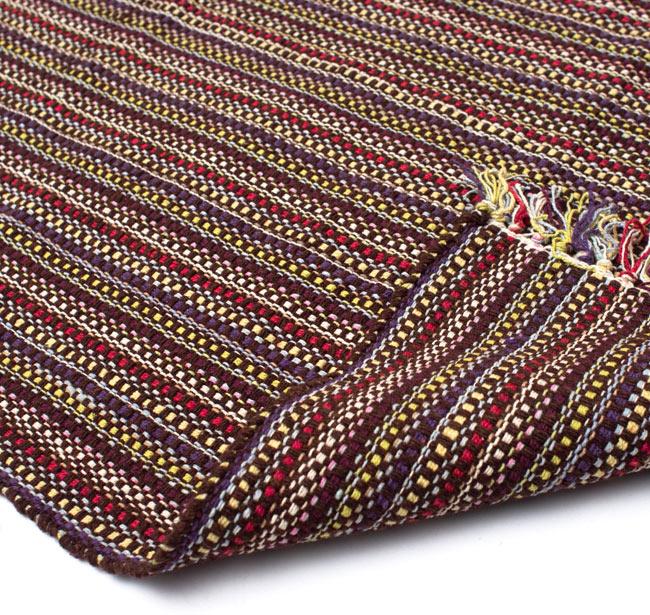 インドコットンの手織りラグマット【約100cm×約60cm】 - 濃茶色の写真8 - 織って作っているラグですので、裏面は同じデザインです