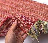 インドコットンの手織りラグマット【約100cm×約60cm】 - 赤