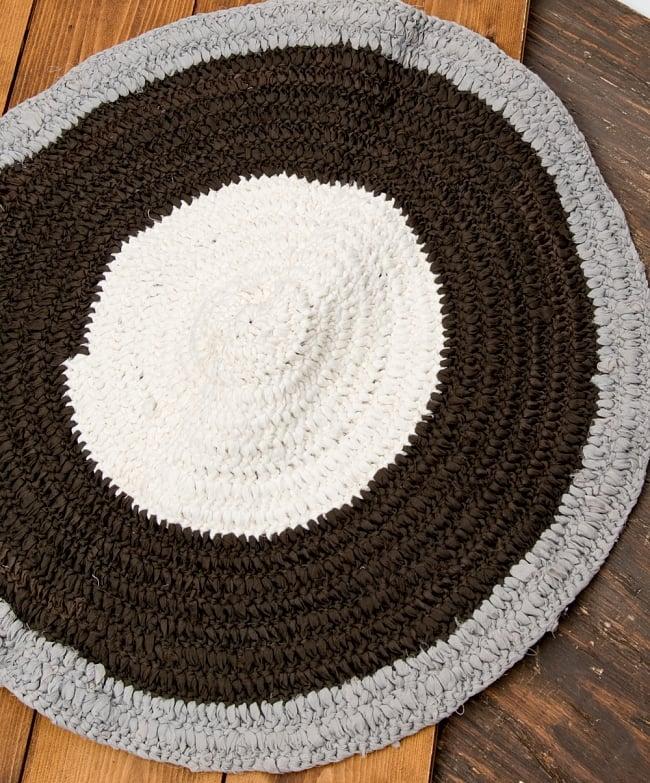 インドのコットン手織りラグマット まる型【中心が白】 8 - 選択B