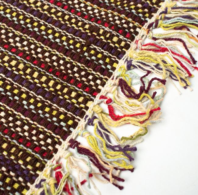 インドコットンの手織りラグマット【約65cm×約42cm】 - 濃茶色の写真3 - フリンジ部分をもっと大きく撮影しました