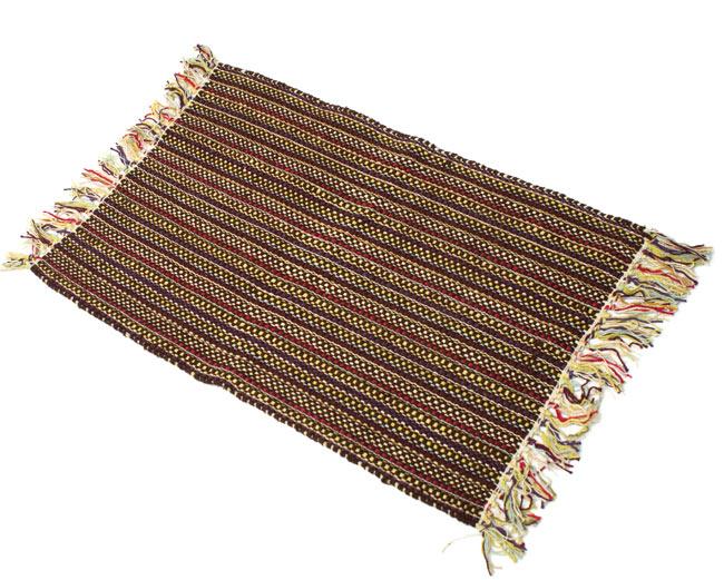 インドコットンの手織りラグマット【約65cm×約42cm】 - 濃茶色の写真