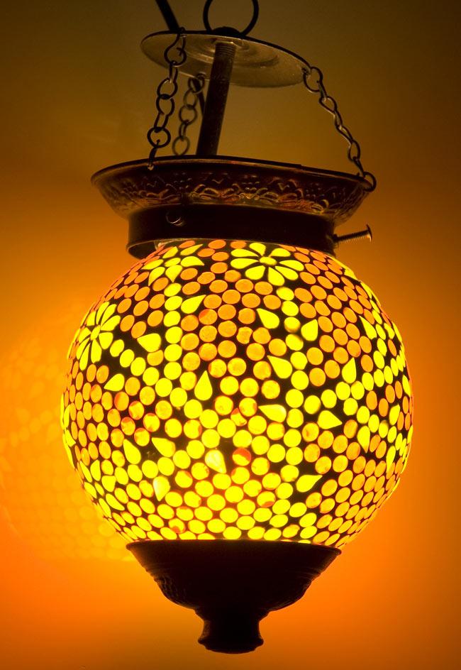 吊り下げモザイクランプ - 球形 (直径:約15cm)の写真