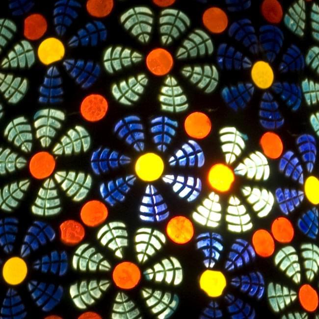 吊り下げモザイクランプ - 壺形 (直径:約18cm)の写真2 - 拡大写真です。