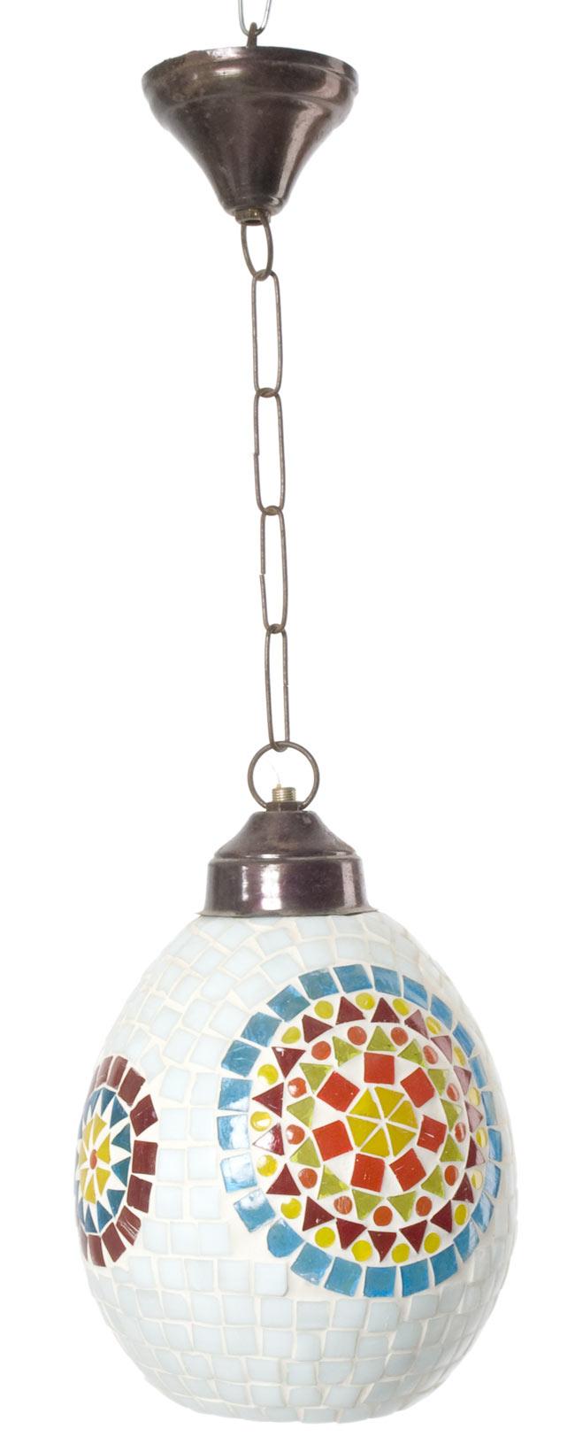 吊り下げモザイクランプ - 樽形 (直径:約16.5cm)の写真3 - 明るいところで撮ってみました。