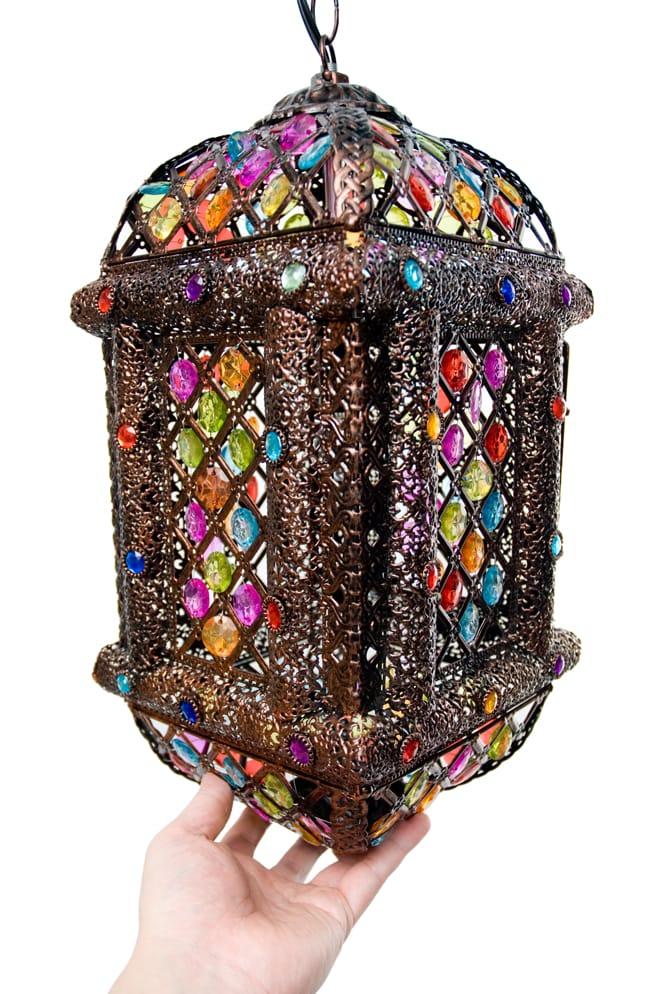 吊り下げアラビアンランプ - 提灯型の写真12 - 手を添えるとこれくらいの大きさです