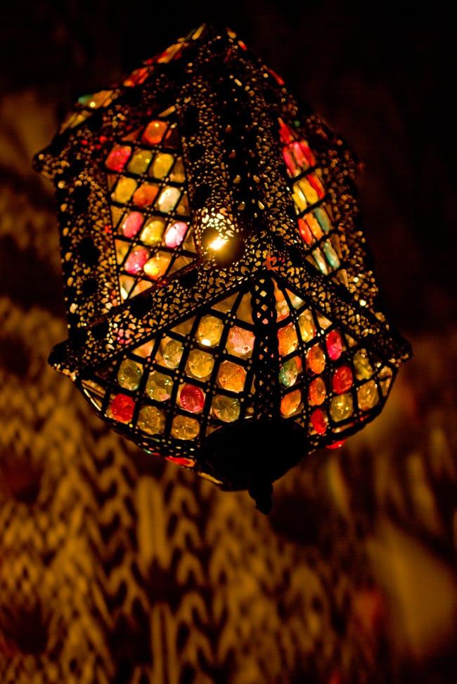 吊り下げアラビアンランプ - 提灯型の写真4 - 斜めしたから見てみました。