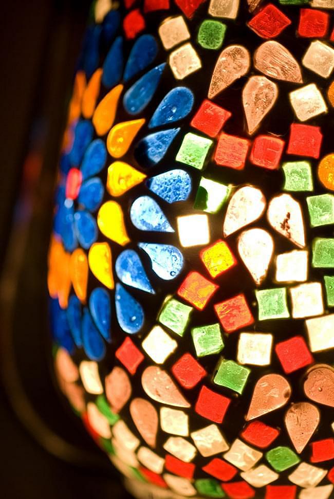 ランタン型 モザイクランプの写真5 - 幻想的な灯りが魅力的です